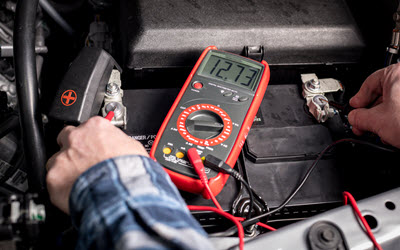 Truck Battery Voltage Check